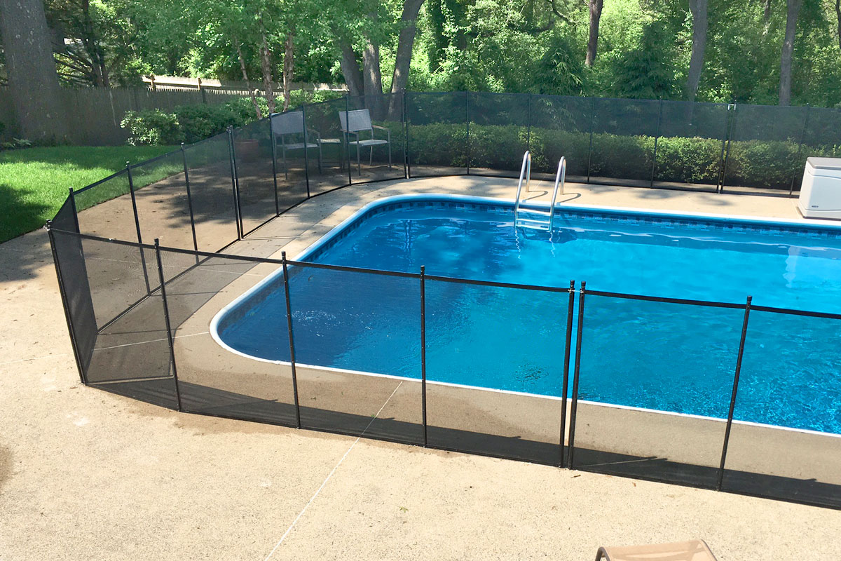 Marblehead Pool Safety Fence To Fully Enclose The Pool